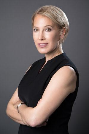 Lindsey Honari