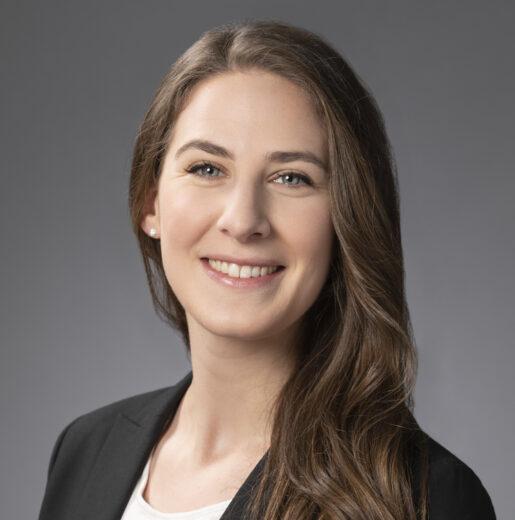 Lauren Cattano Headshot