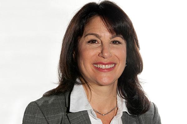 headshot of Louise Loyst