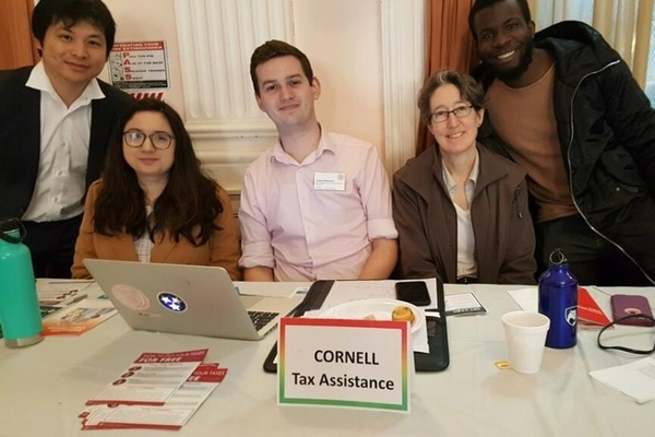 Students in Jamaica, Queens to deliver tax services