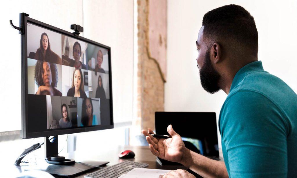 people attending virtual meeting