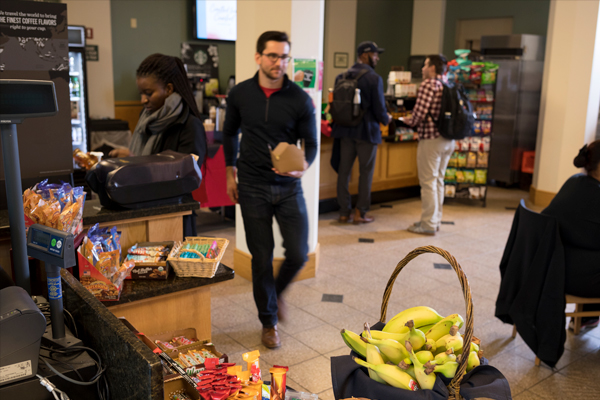 Students grab food from the Atrium Café